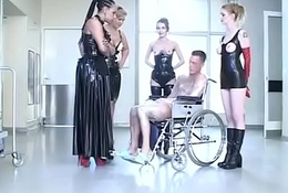 Good-luck piece Hotel - bdsm femdom subjection