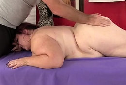 Beefy tittied heavy botheration Lady Lynn gets a sexual congress rub-down
