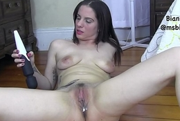 Bianca'_s Gaga Squirting Pussy