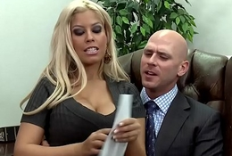 Brazzers - Big Tits ripening -  Boobie Hand-out scene starring Bridgette B and Johnny Sins