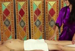 Brunette masseuse tugging