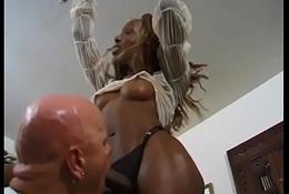 Trans glowering acquires a deepthroating blowjob