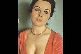 Turkish Famousness - Fatma Girik