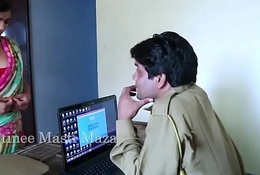 Hawt Indian unforeseen films - Youthful Indian Bhabhi Tempted By A Dominion Mendicant (new)