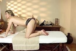 Glamcore loveliness gratified during massage