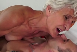 Cockriding granny engulfing younger unearth