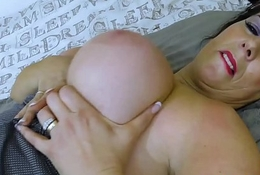 EuropeMaturE Bells Busty Beamy Triggerman Alkie Solo