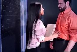(Katrina Jade) Inadequate Battle-axe Beamy Tits Girl Obtain Nailed In Date vid-17
