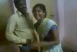 Indian Aunty Invited The brush Hubby Team up And Enjoying